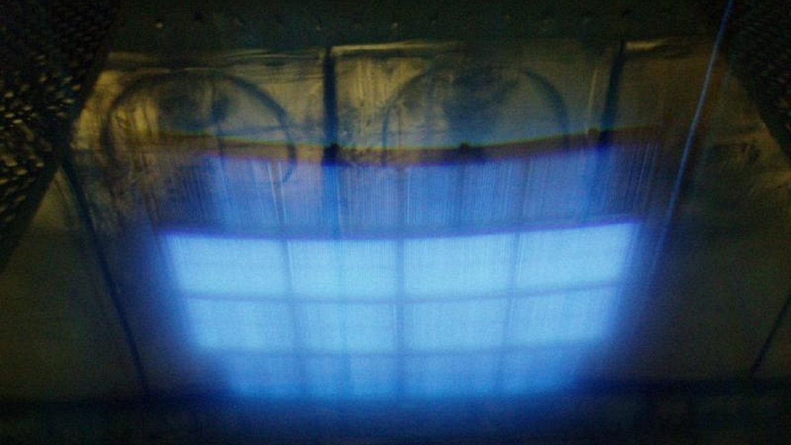 Cherenkov radiation blue glow from Co 60